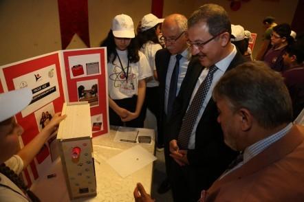 Eyüpsultan Belediye Başkanı Deniz Köken, Alibeyköy Ortaokulu TÜBİTAK 4006 Bilim Fuarı