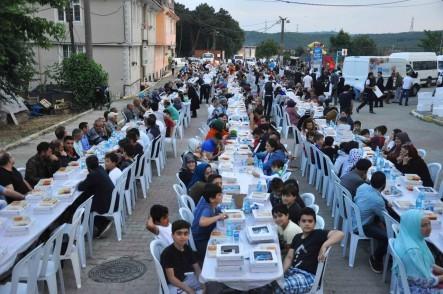 Kemerburgaz, Gönül Sofrası, iftar, Eyüpsultan Belediyesi, Eyüpsultan Belediye Başkanı Deniz Köken