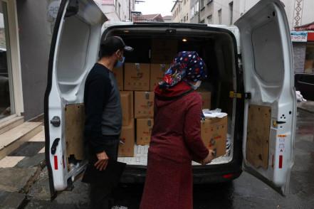 Ramazan için erzak kolisi dağıtımı başladı